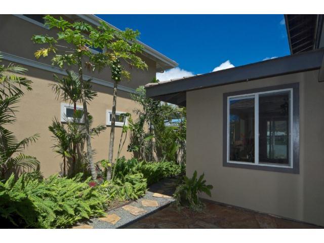 520  Lunalilo Home Rd West Marina, Hawaii Kai home - photo 21 of 25