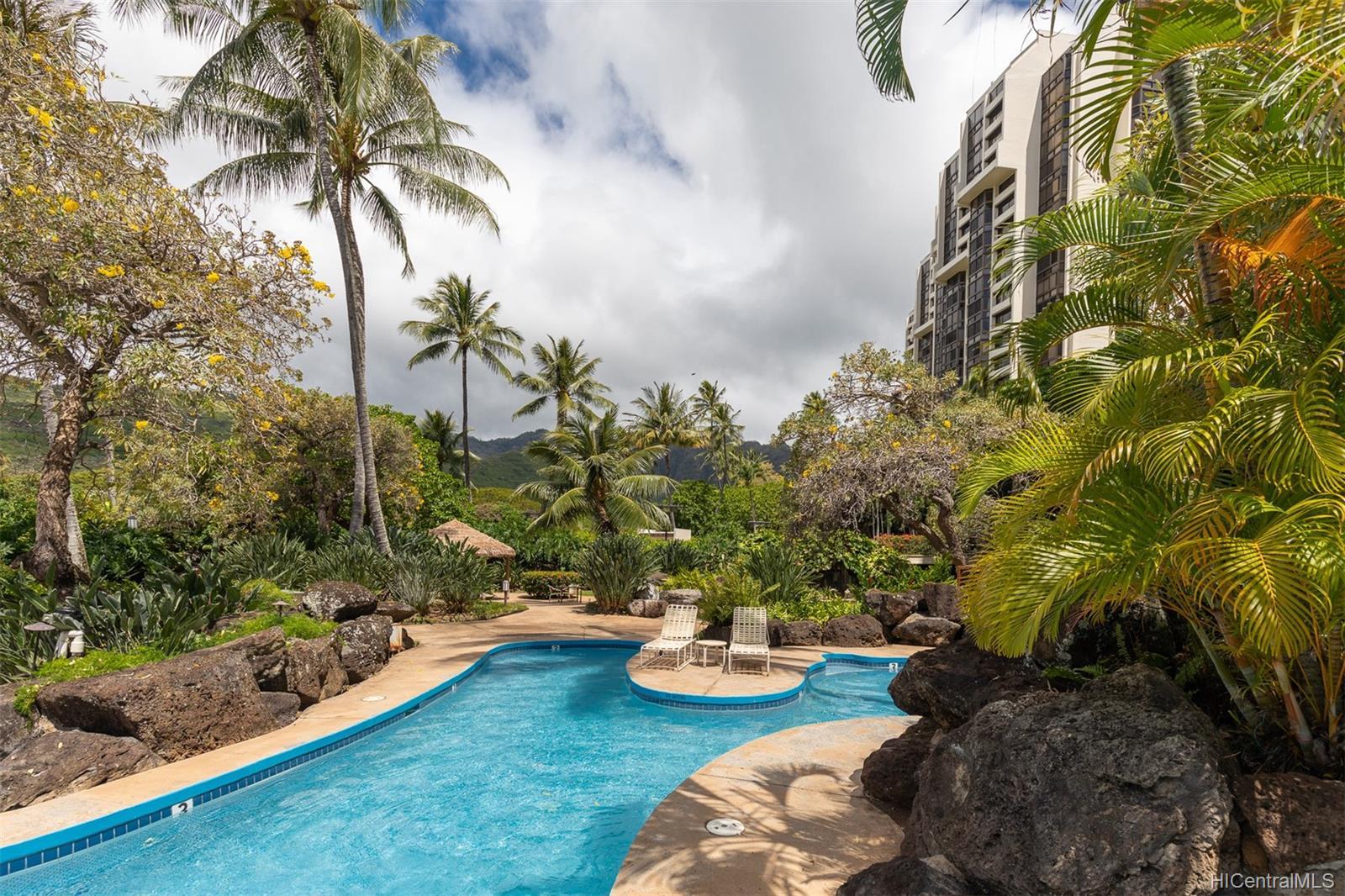 Mauna Luan condo # 220 F, Honolulu, Hawaii - photo 13 of 21