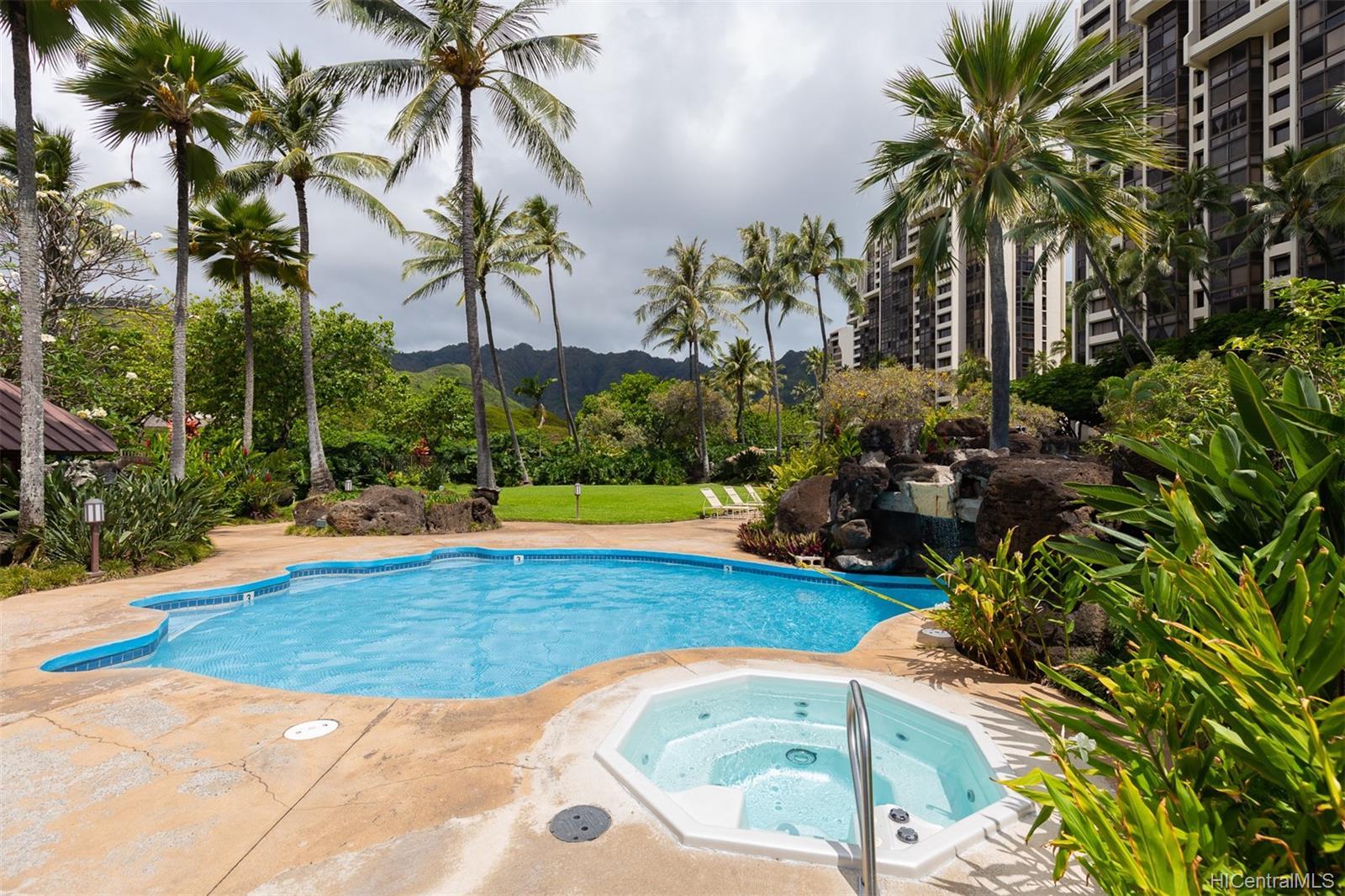 Mauna Luan condo # 220 F, Honolulu, Hawaii - photo 16 of 21