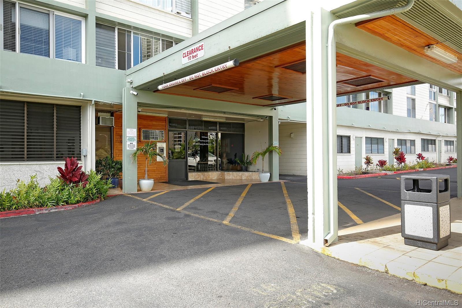 Fairway Gardens condo # 610, Honolulu, Hawaii - photo 14 of 14