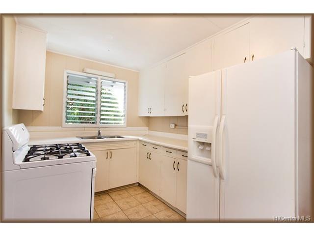 5221  Pilikai St Aina Haina Area, Diamond Head home - photo 6 of 25
