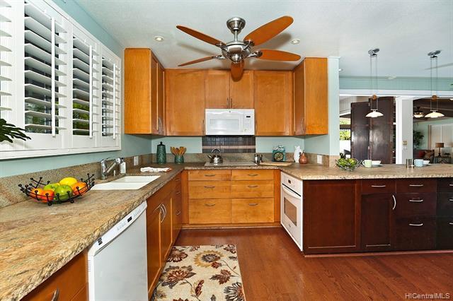 5240  Papai Street Aina Haina Area, Diamond Head home - photo 6 of 19