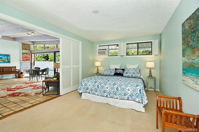 5240  Papai Street Aina Haina Area, Diamond Head home - photo 9 of 19