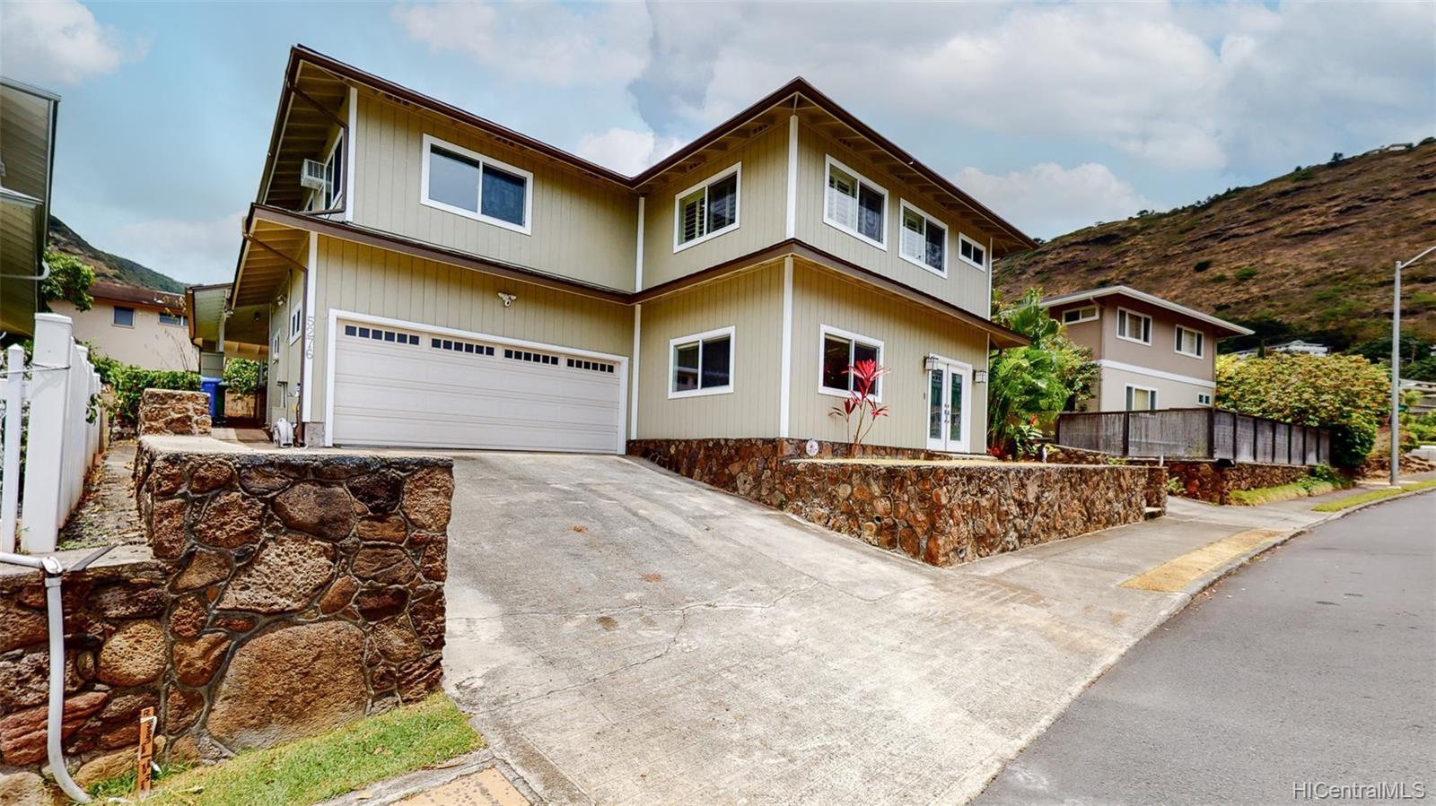 5276  Kimokeo Street Aina Haina Area, Diamond Head home - photo 1 of 25