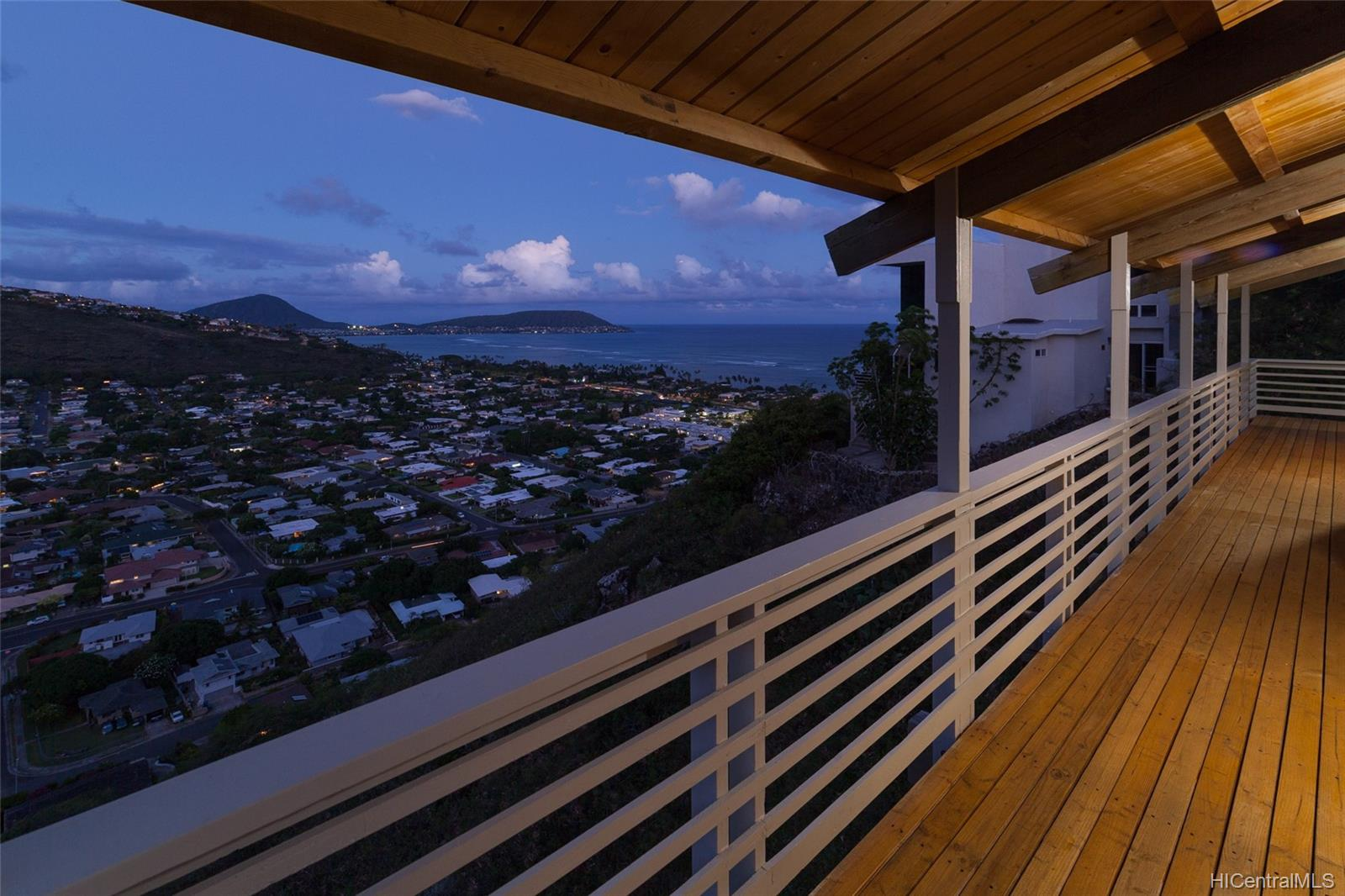 5283  Poola Street Waialae Iki, Diamond Head home - photo 2 of 24