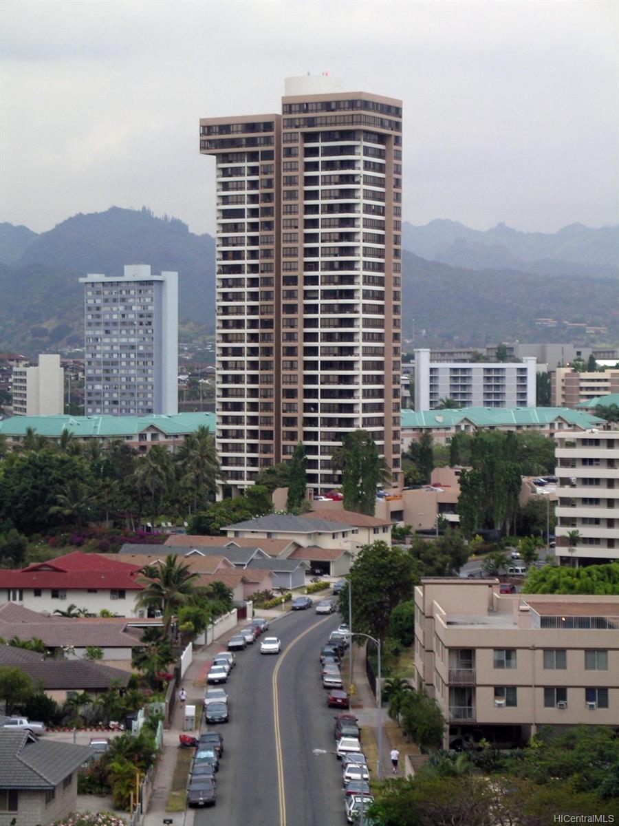 Plaza Landmark condo # 2107, Honolulu, Hawaii - photo 13 of 13