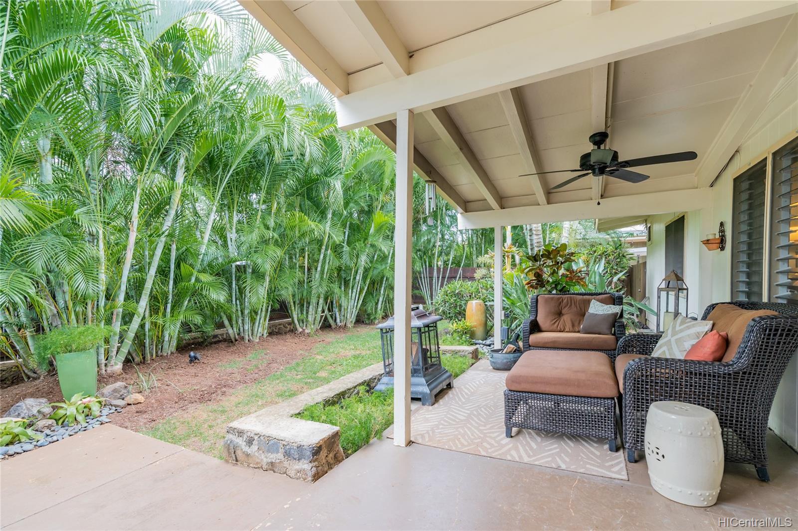 538  Ilimano Street Kalaheo Hillside, Kailua home - photo 2 of 25