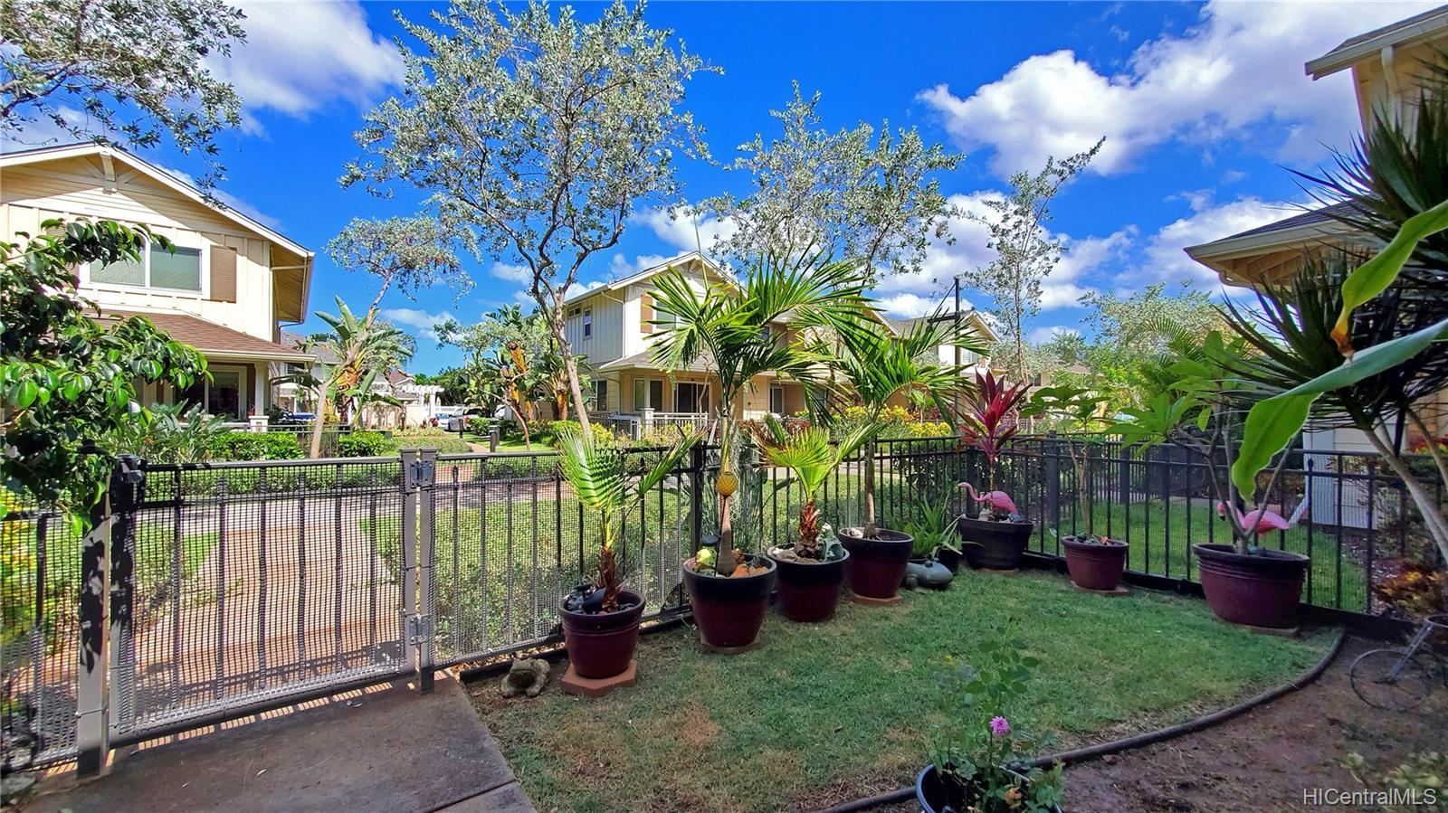 540 Manawai Street townhouse # 404, Kapolei, Hawaii - photo 2 of 21