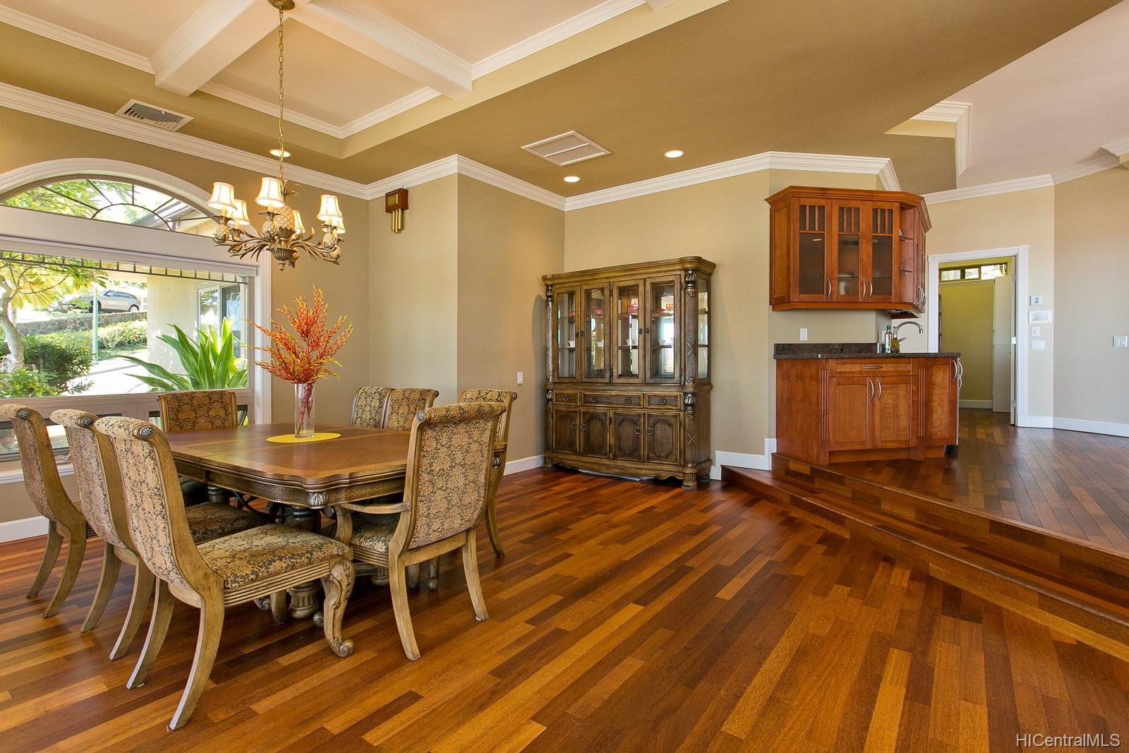 541  Moaniala Street Hawaii Loa Ridge, Diamond Head home - photo 3 of 25