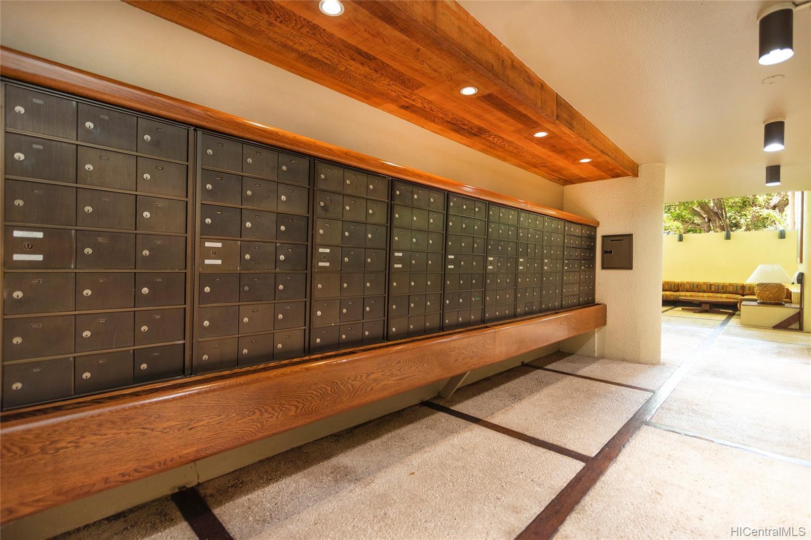 Nuuanu Brookside condo # 810, Honolulu, Hawaii - photo 23 of 25