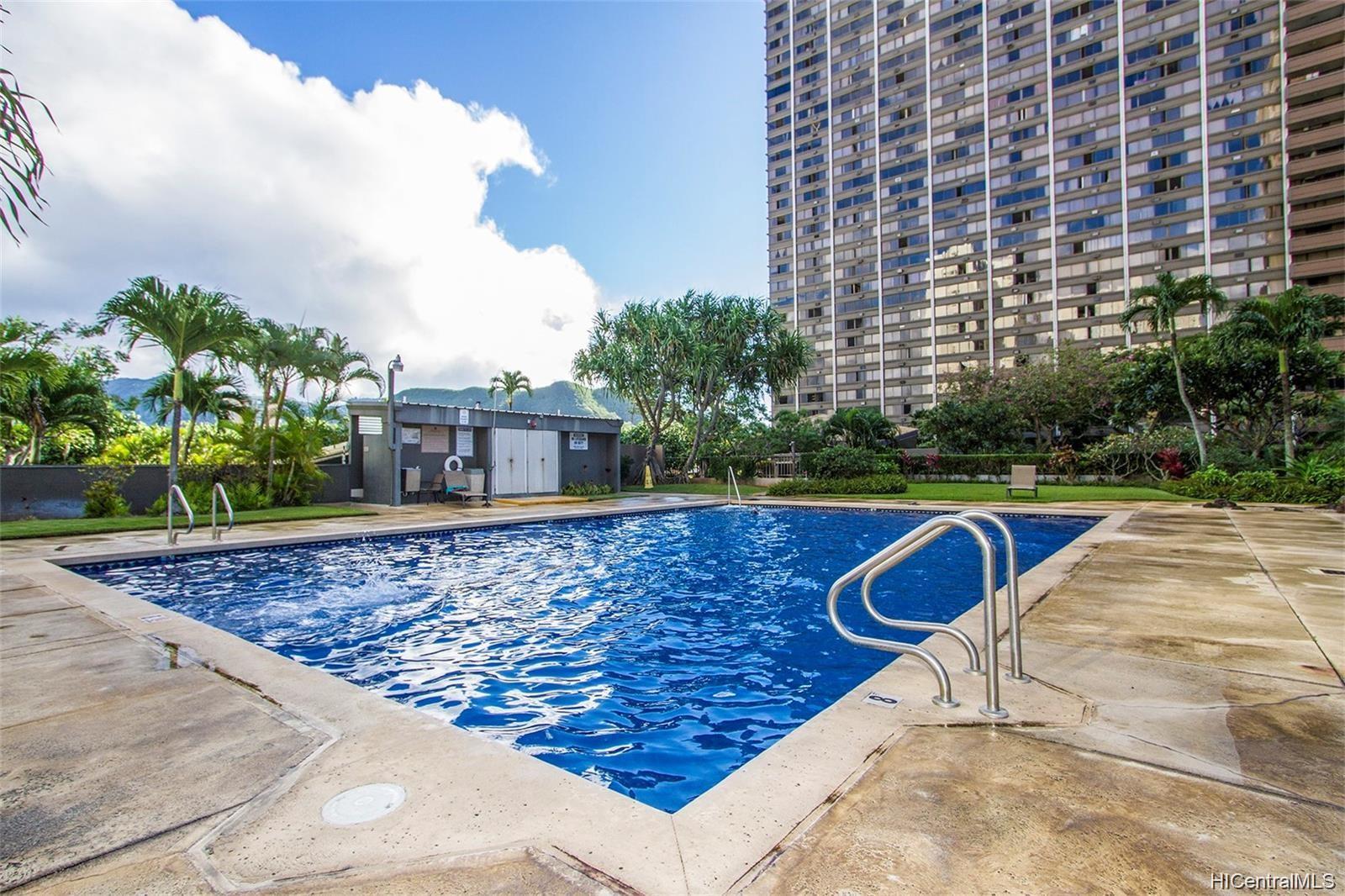 Kukui Plaza condo # D1703, Honolulu, Hawaii - photo 18 of 24