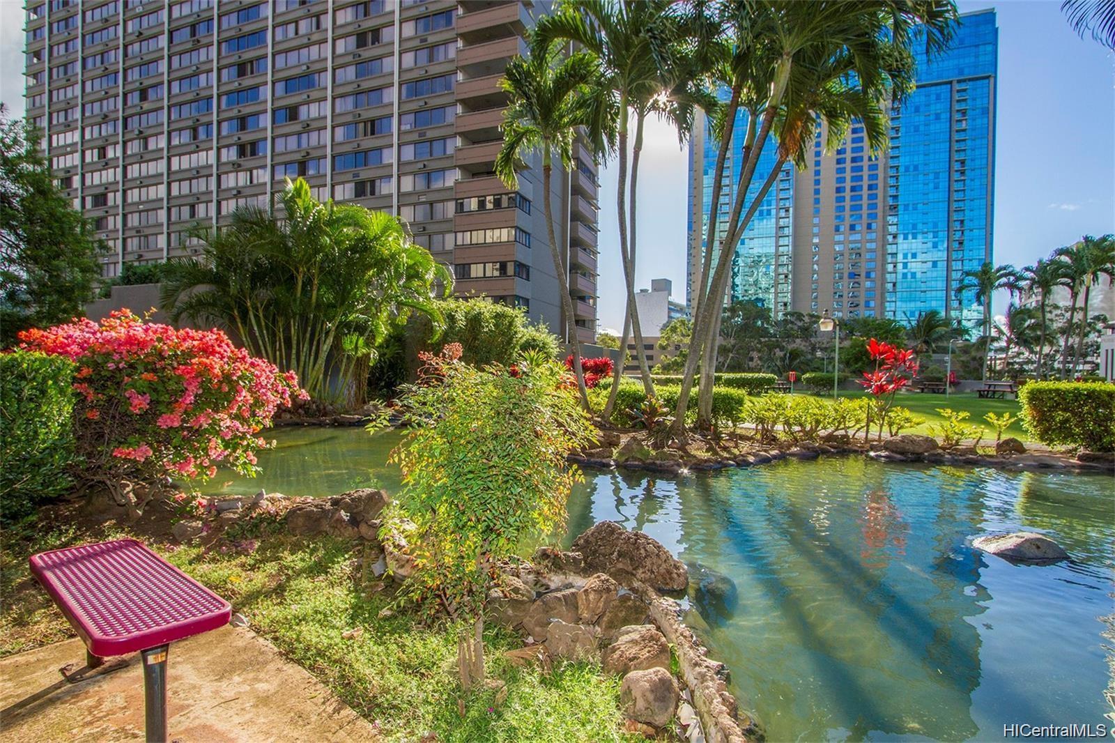 Kukui Plaza condo # D1703, Honolulu, Hawaii - photo 20 of 24