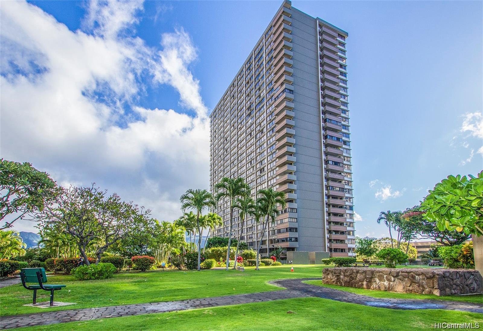 Kukui Plaza condo # D1703, Honolulu, Hawaii - photo 22 of 24
