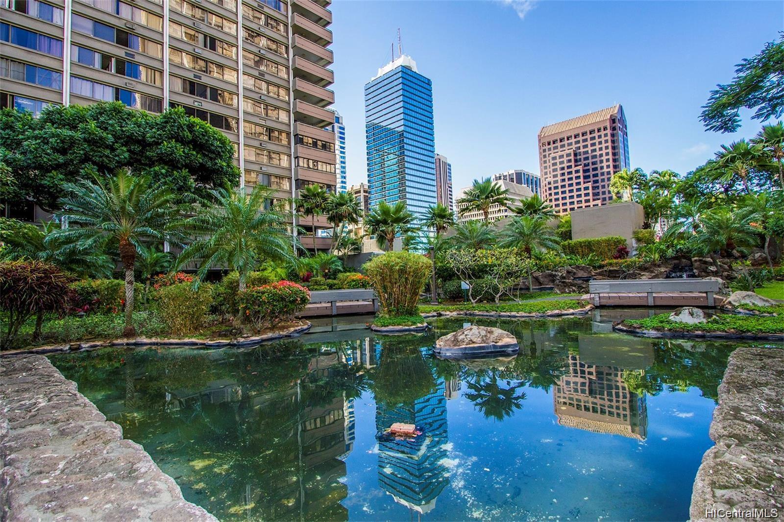 Kukui Plaza condo # D1703, Honolulu, Hawaii - photo 24 of 24