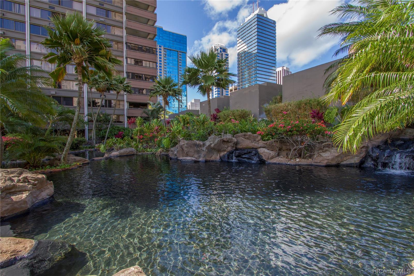 Kukui Plaza condo # D2506, Honolulu, Hawaii - photo 18 of 25