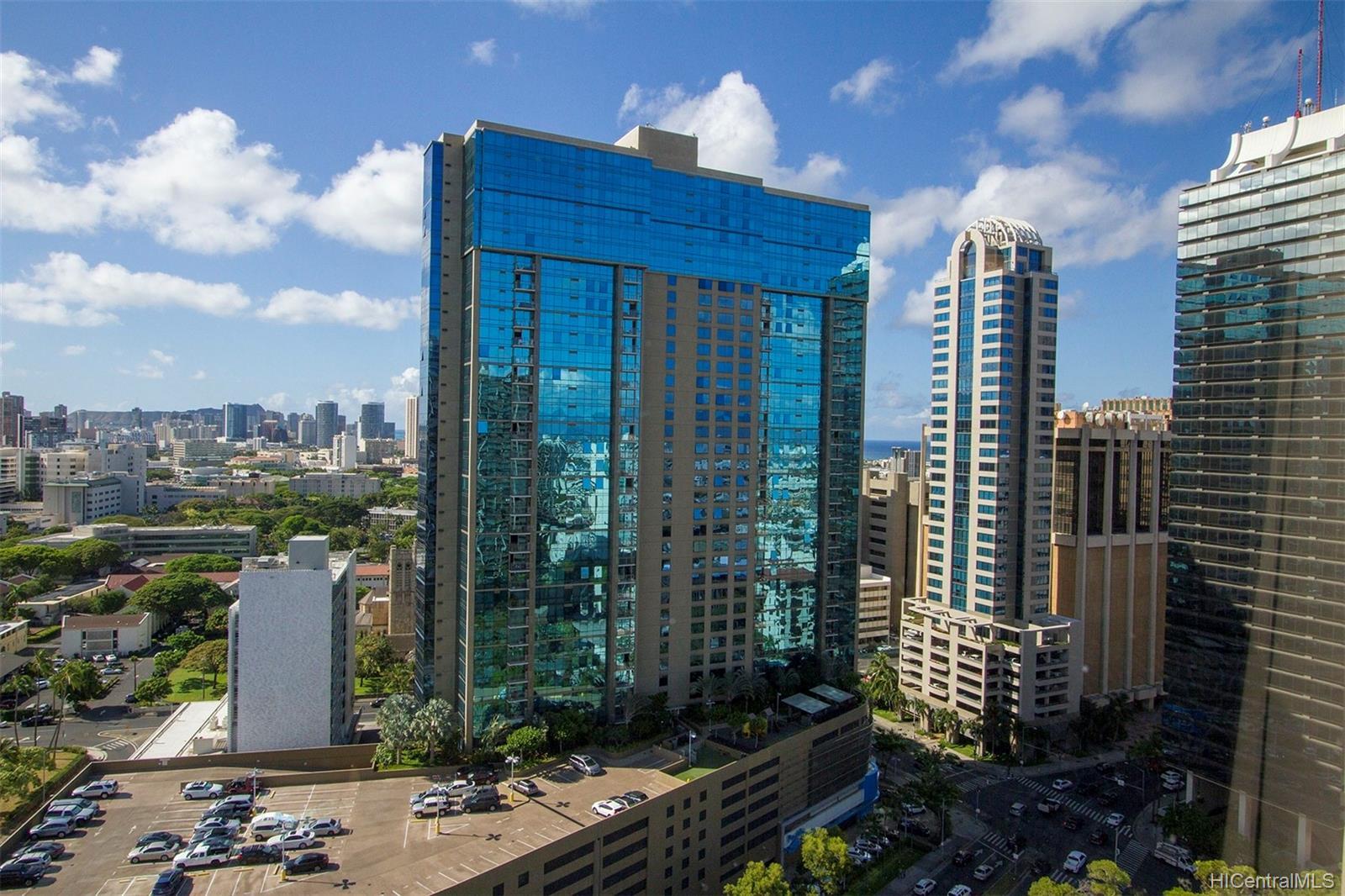 Kukui Plaza condo # D2506, Honolulu, Hawaii - photo 20 of 25