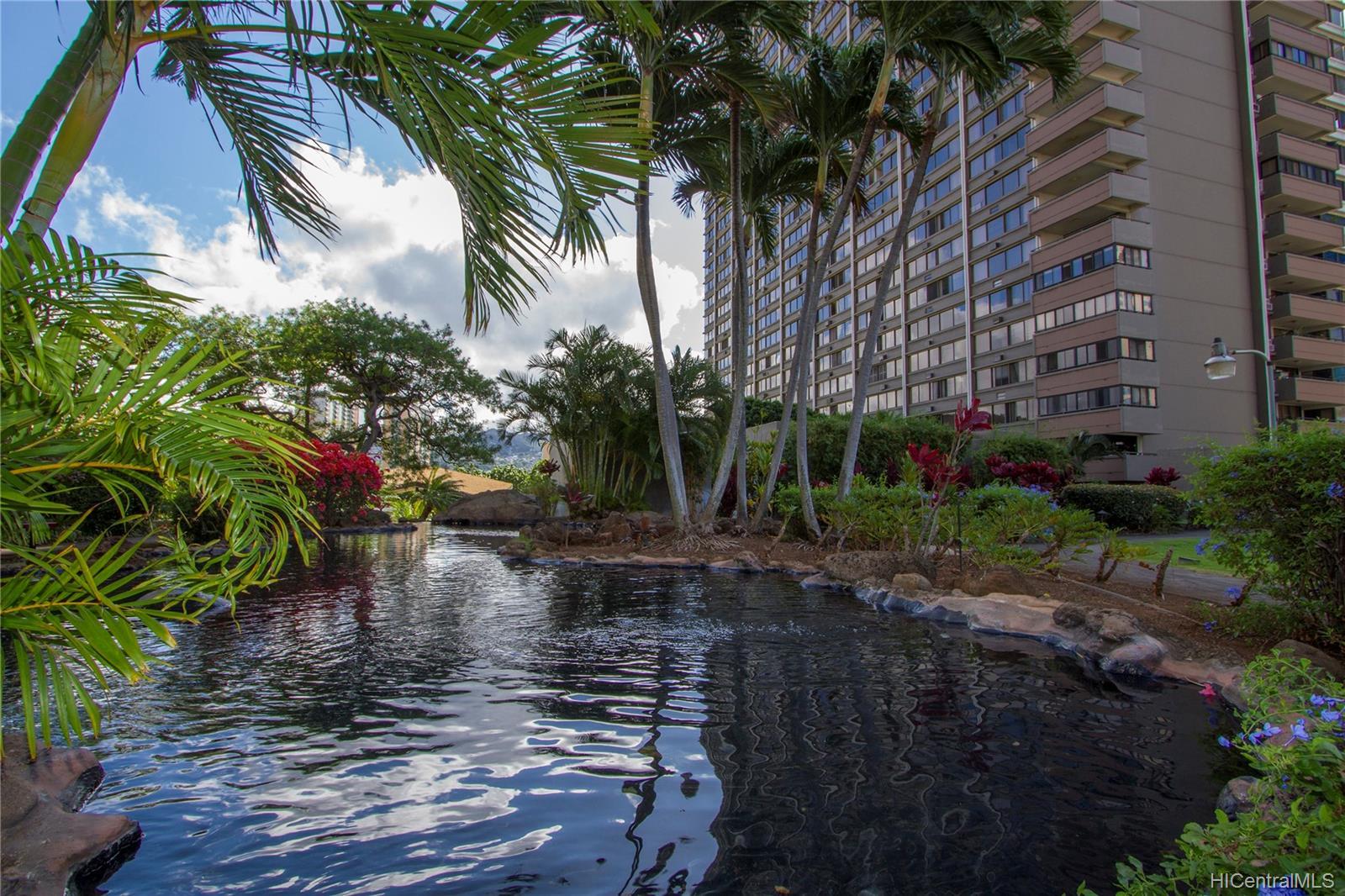 Kukui Plaza condo # D2506, Honolulu, Hawaii - photo 23 of 25