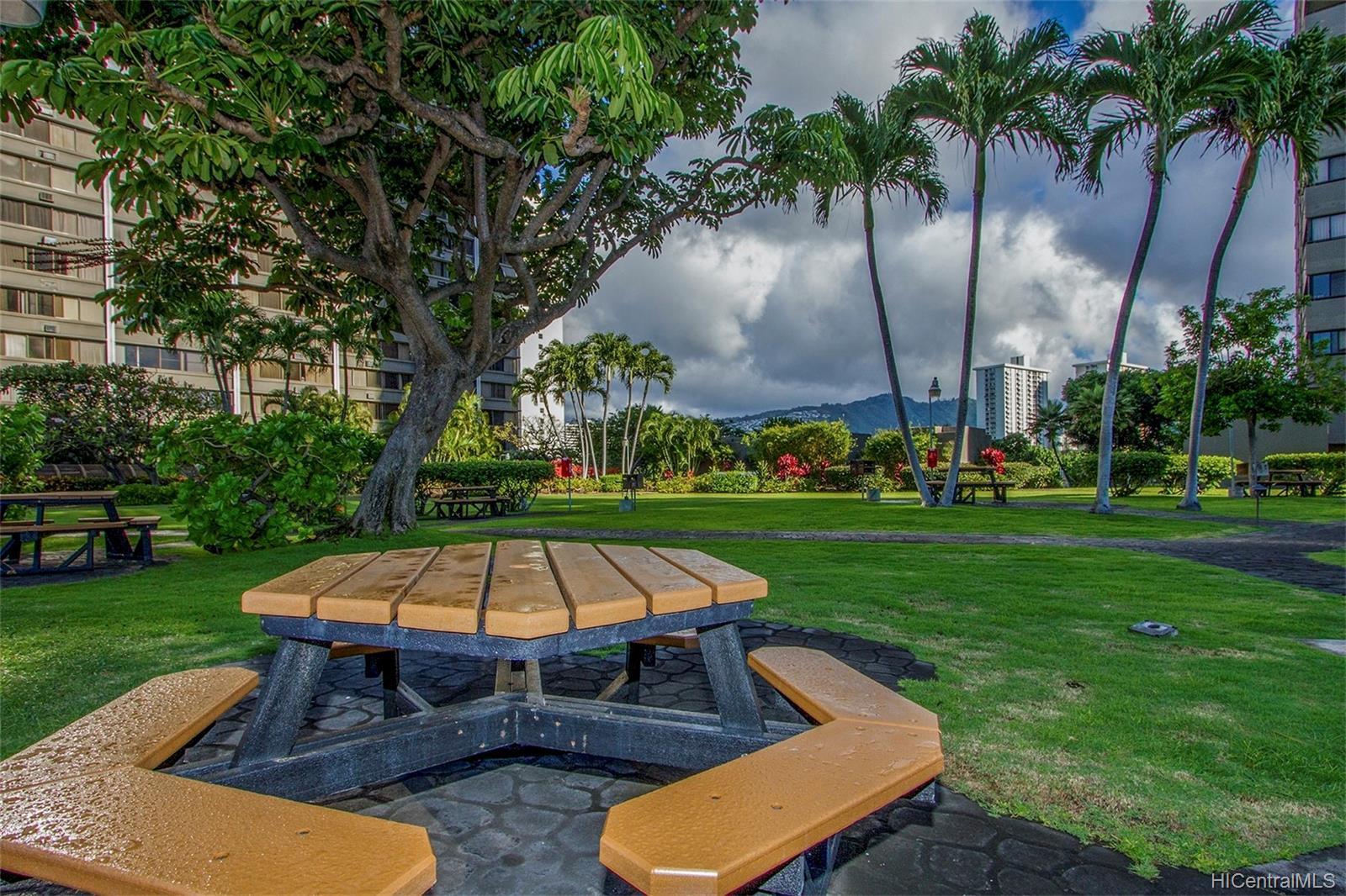 Kukui Plaza condo # D2506, Honolulu, Hawaii - photo 25 of 25