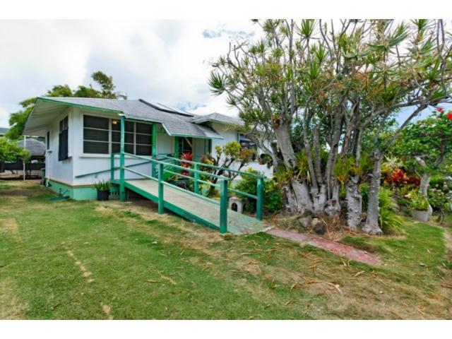 550  Kawainui St Coconut Grove, Kailua home - photo 1 of 16