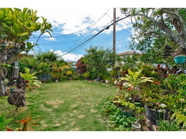 550  Kawainui St Coconut Grove, Kailua home - photo 4 of 16