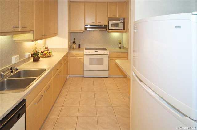 5532  Pia St Niu Valley, Diamond Head home - photo 6 of 10