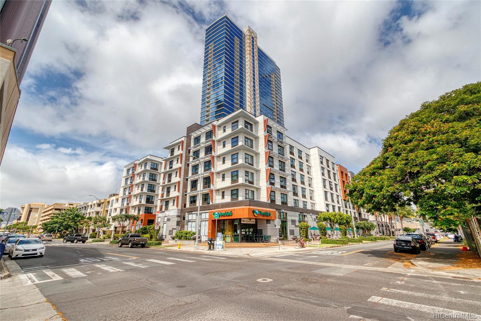 Keauhou Place condo # 1301, Honolulu, Hawaii - photo 14 of 25
