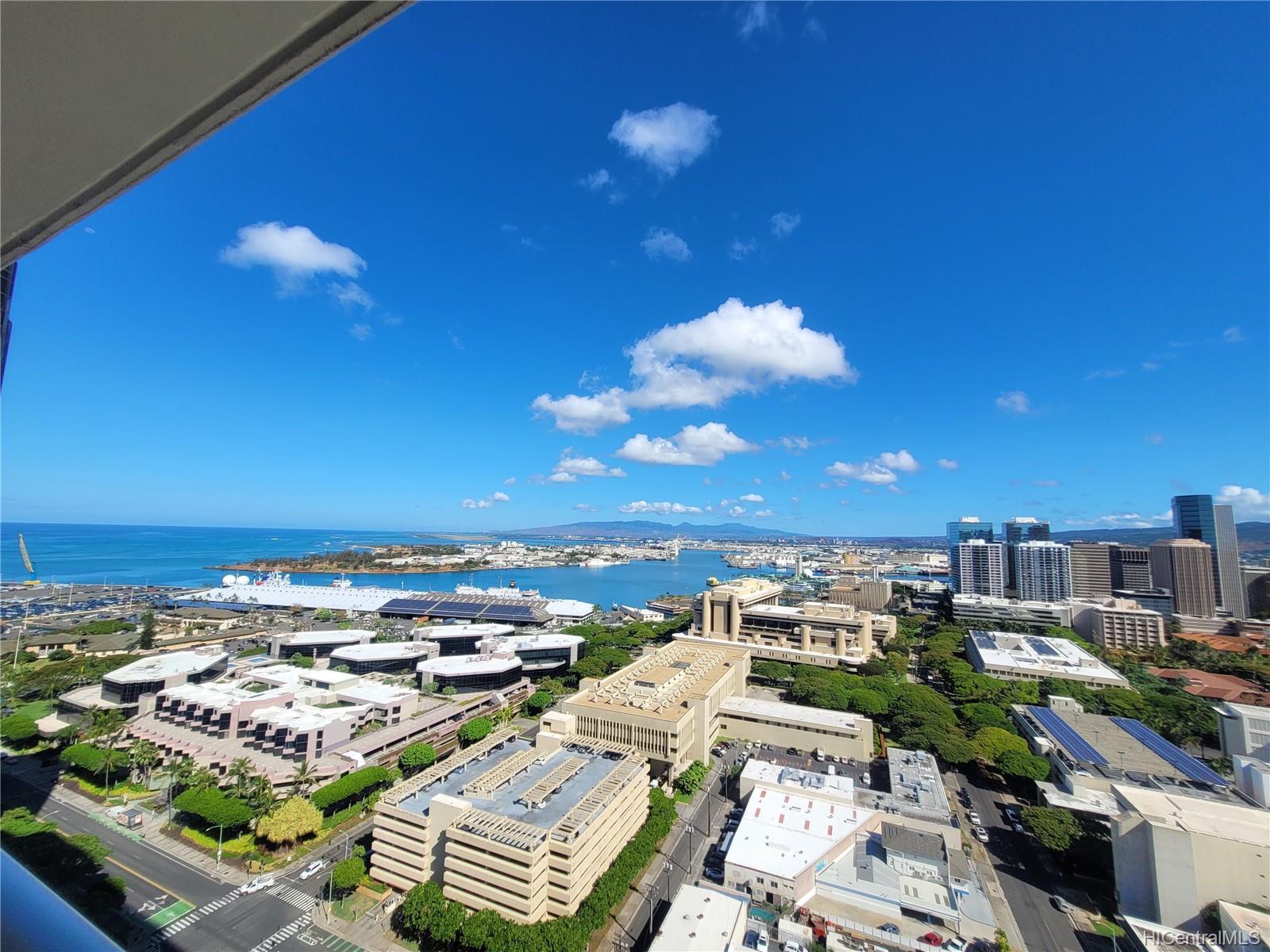 Keauhou Place condo # 2811, Honolulu, Hawaii - photo 7 of 8