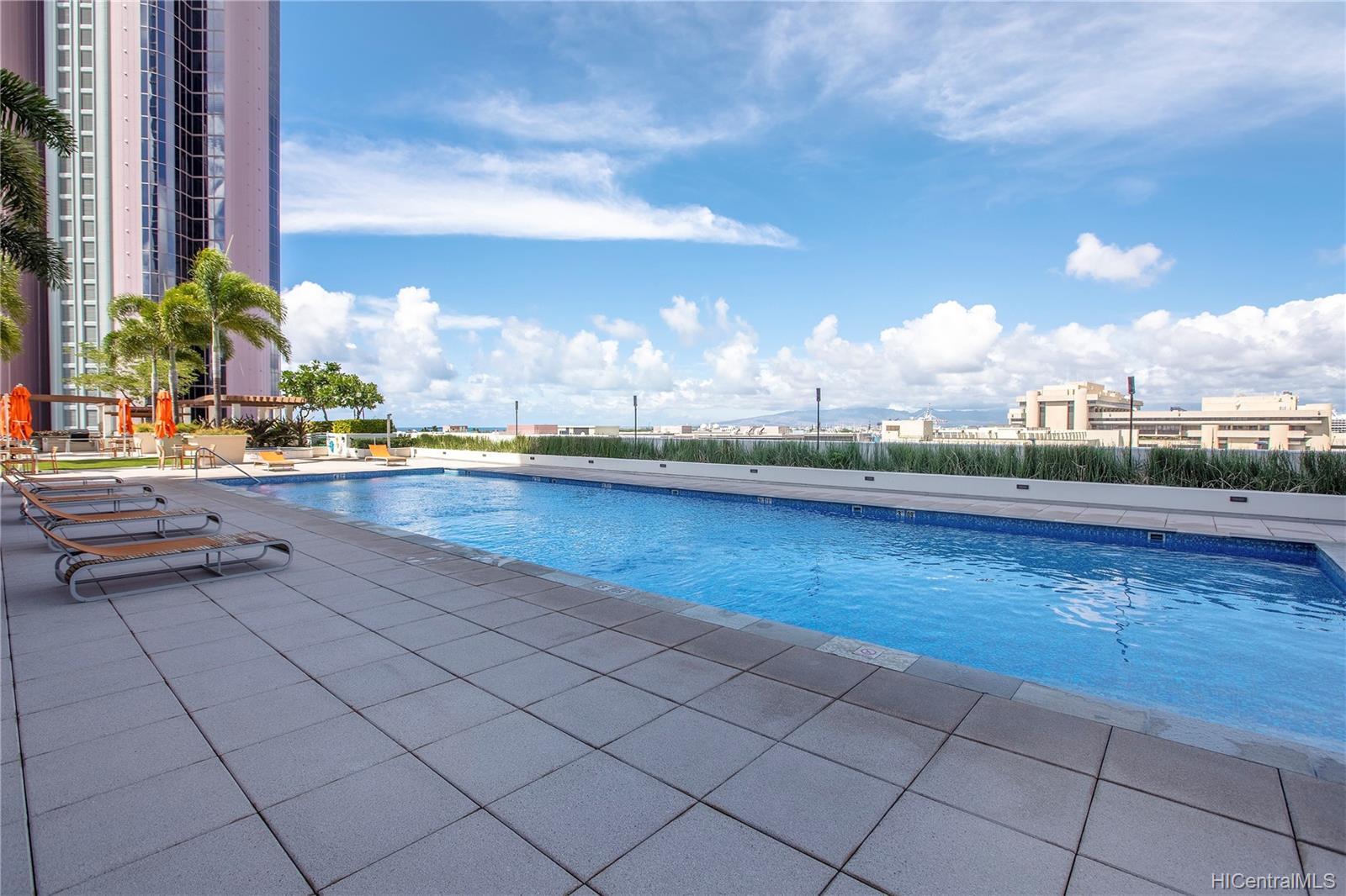 Keauhou Place condo # 3804, Honolulu, Hawaii - photo 11 of 19