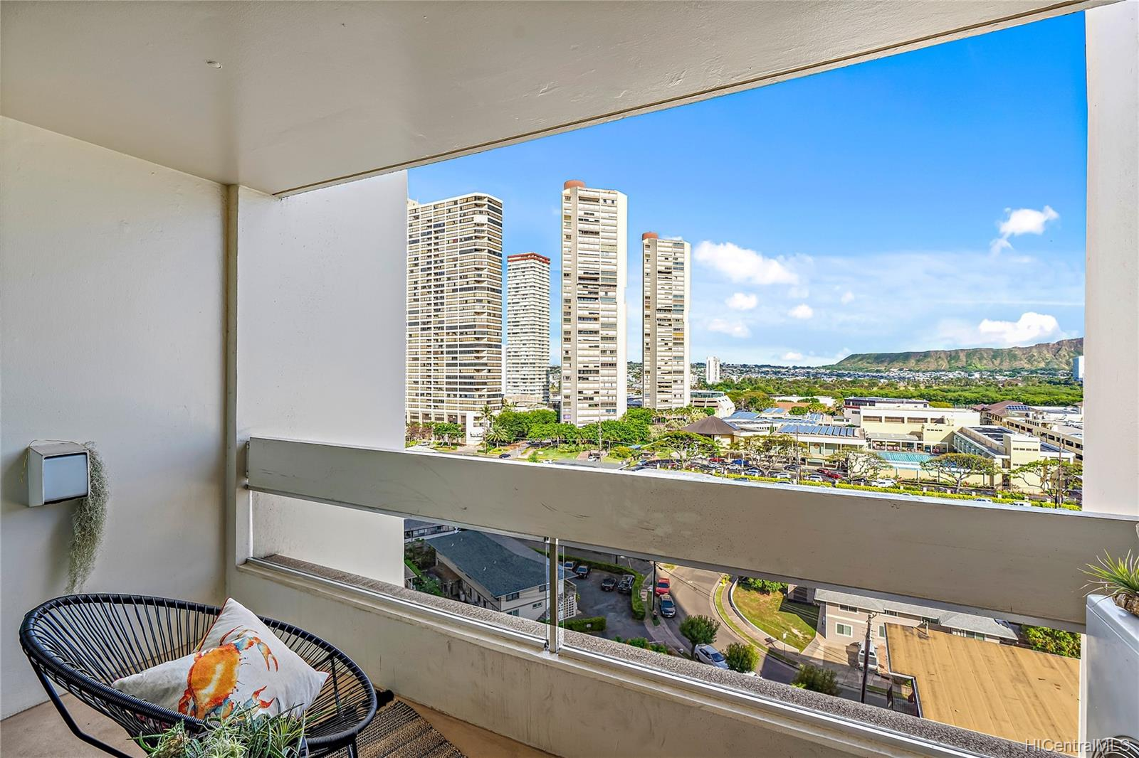 Ala Wai Plaza Skyrise condo # 1203, Honolulu, Hawaii - photo 10 of 22