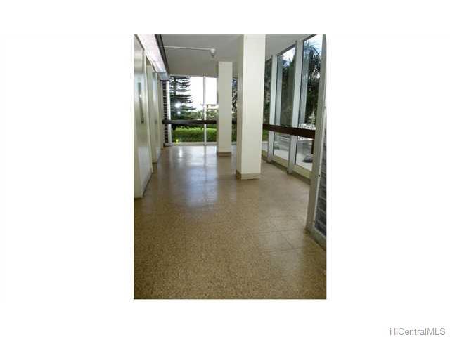 Ala Wai Plaza Skyrise condo # 200, Honolulu, Hawaii - photo 2 of 6