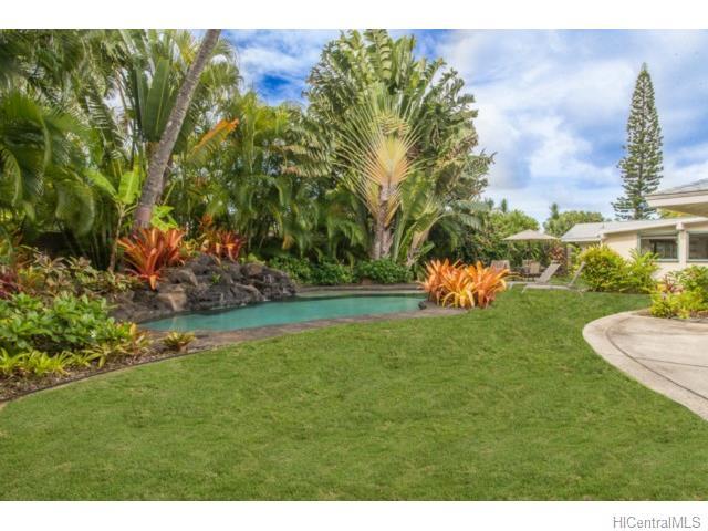 562  N Kalaheo Ave Beachside, Kailua home - photo 18 of 22