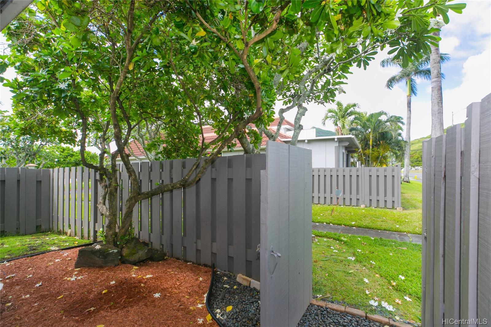 Kukilakila condo # A, Kailua, Hawaii - photo 22 of 25
