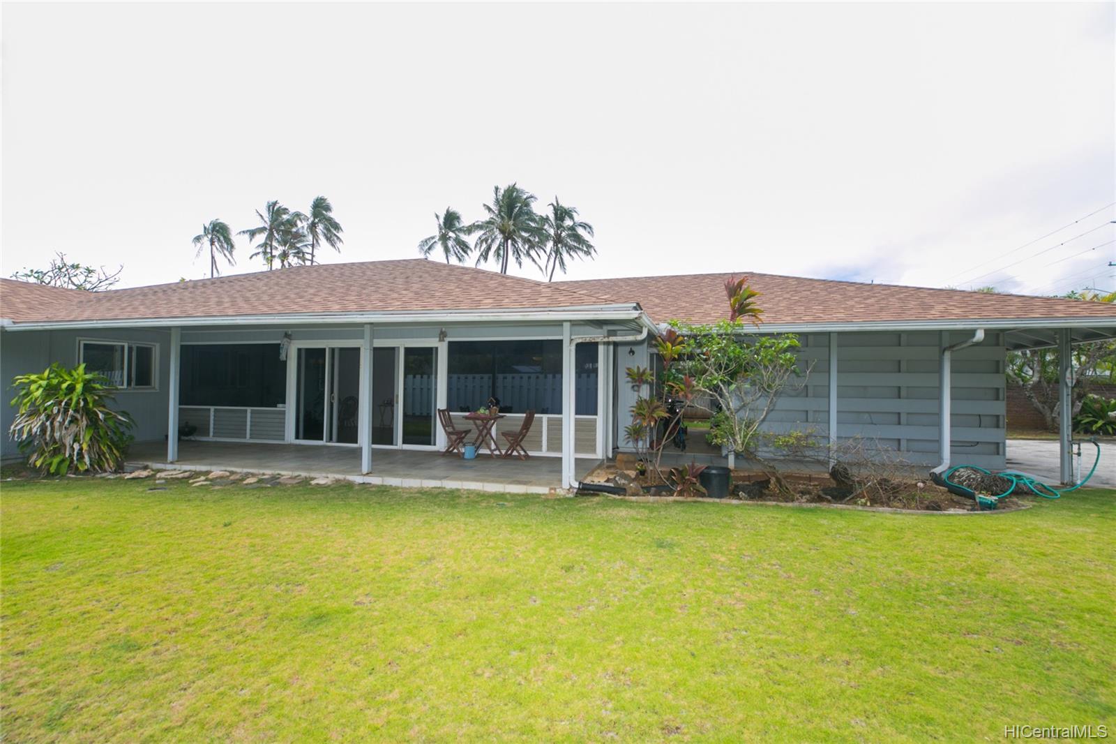 572  Kalaheo Ave Beachside, Kailua home - photo 1 of 25