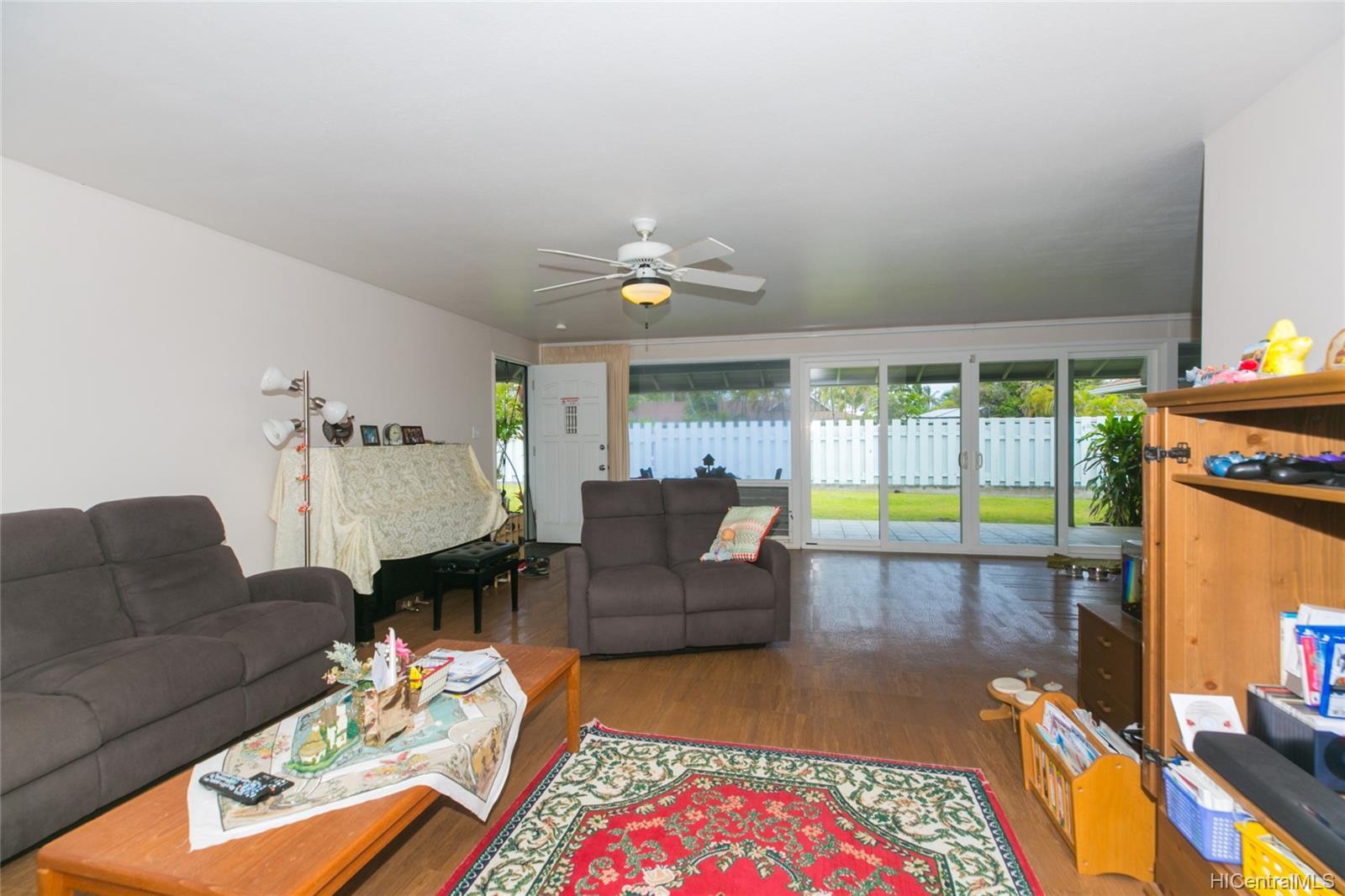 572  Kalaheo Ave Beachside, Kailua home - photo 15 of 25
