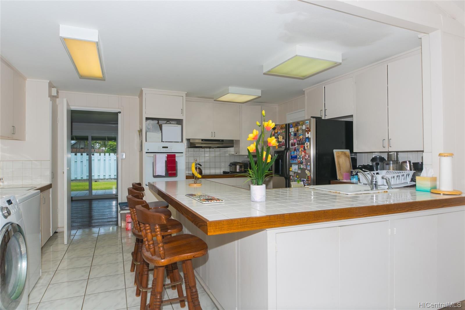 572  Kalaheo Ave Beachside, Kailua home - photo 17 of 25