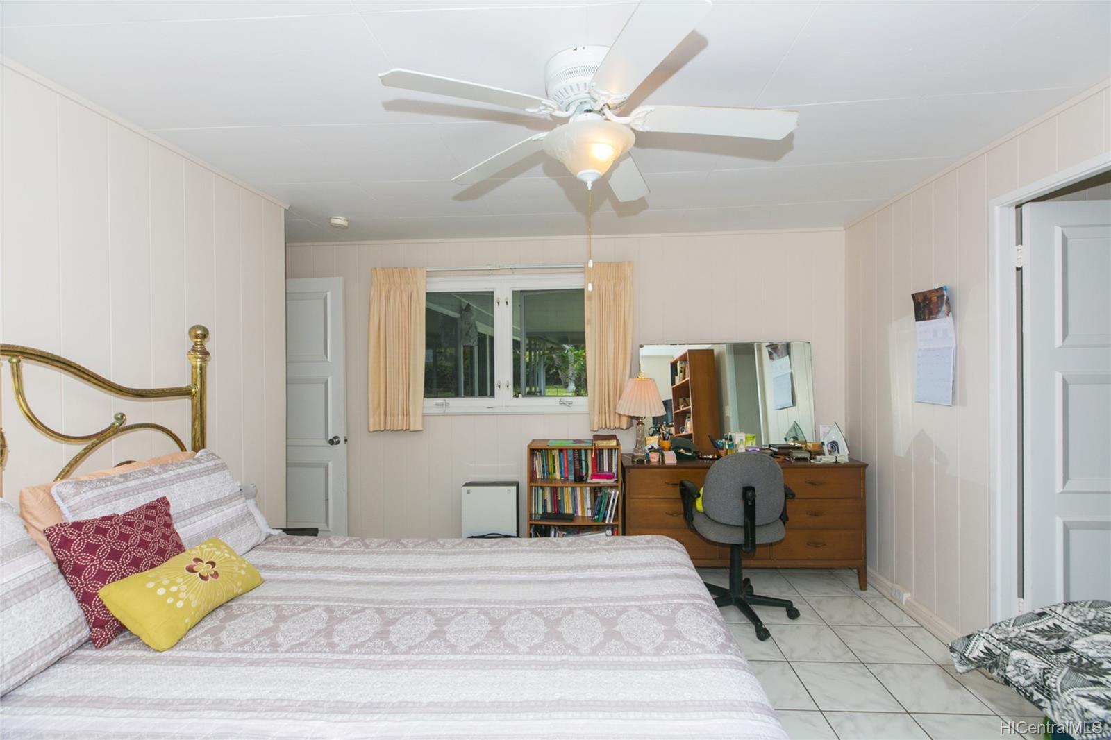 572  Kalaheo Ave Beachside, Kailua home - photo 20 of 25