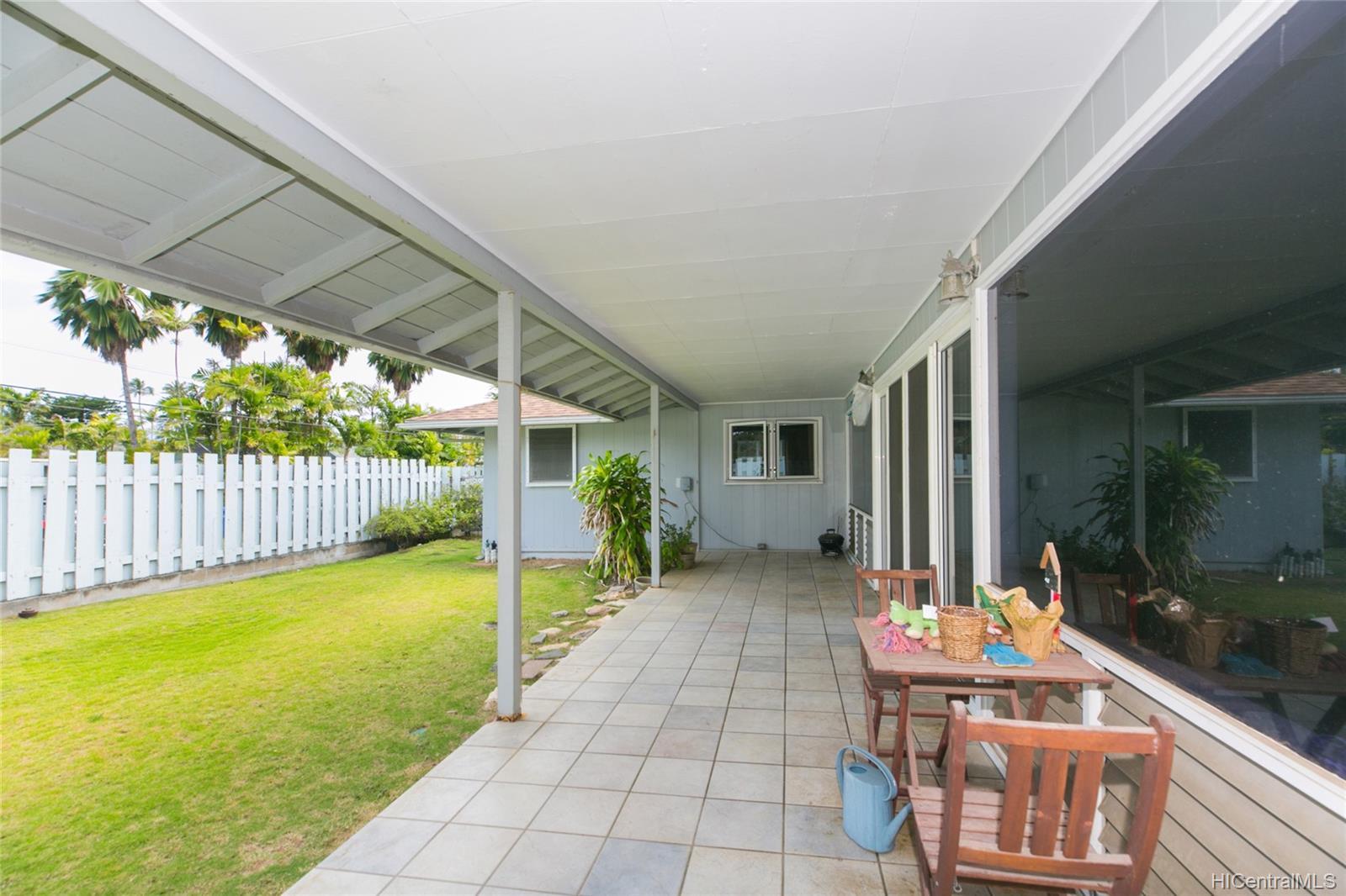 572  Kalaheo Ave Beachside, Kailua home - photo 6 of 25
