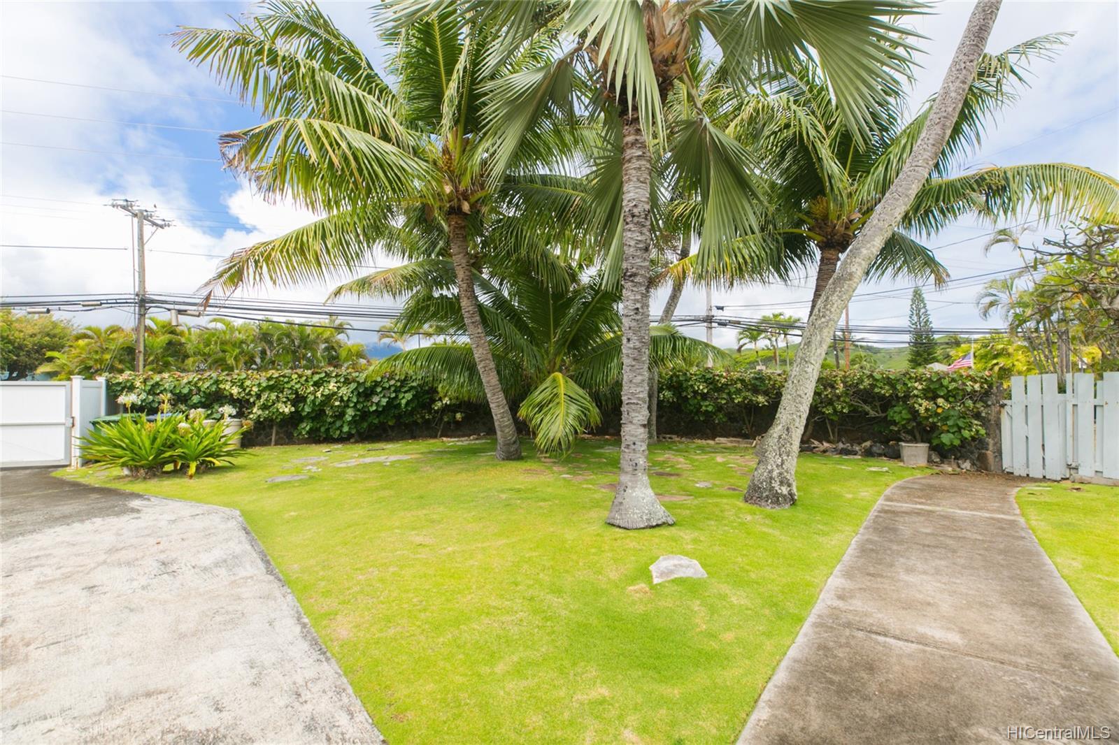 572  Kalaheo Ave Beachside, Kailua home - photo 7 of 25