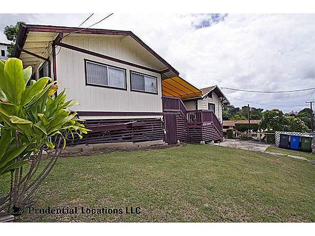 574  Auwaiolimu St Papakolea, Honolulu home - photo 1 of 15