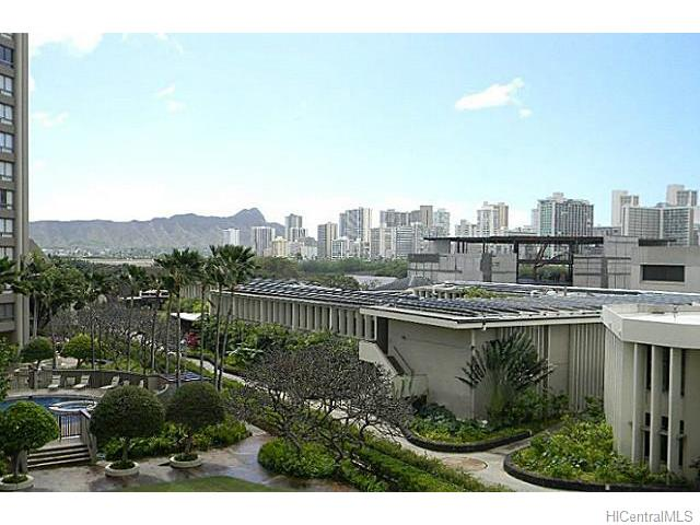 Royal Iolani condo #EWA504, Honolulu, Hawaii - photo 1 of 13
