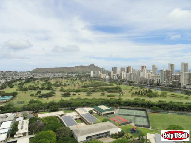 Royal Iolani condo #DH/3001, Honolulu, Hawaii - photo 1 of 17