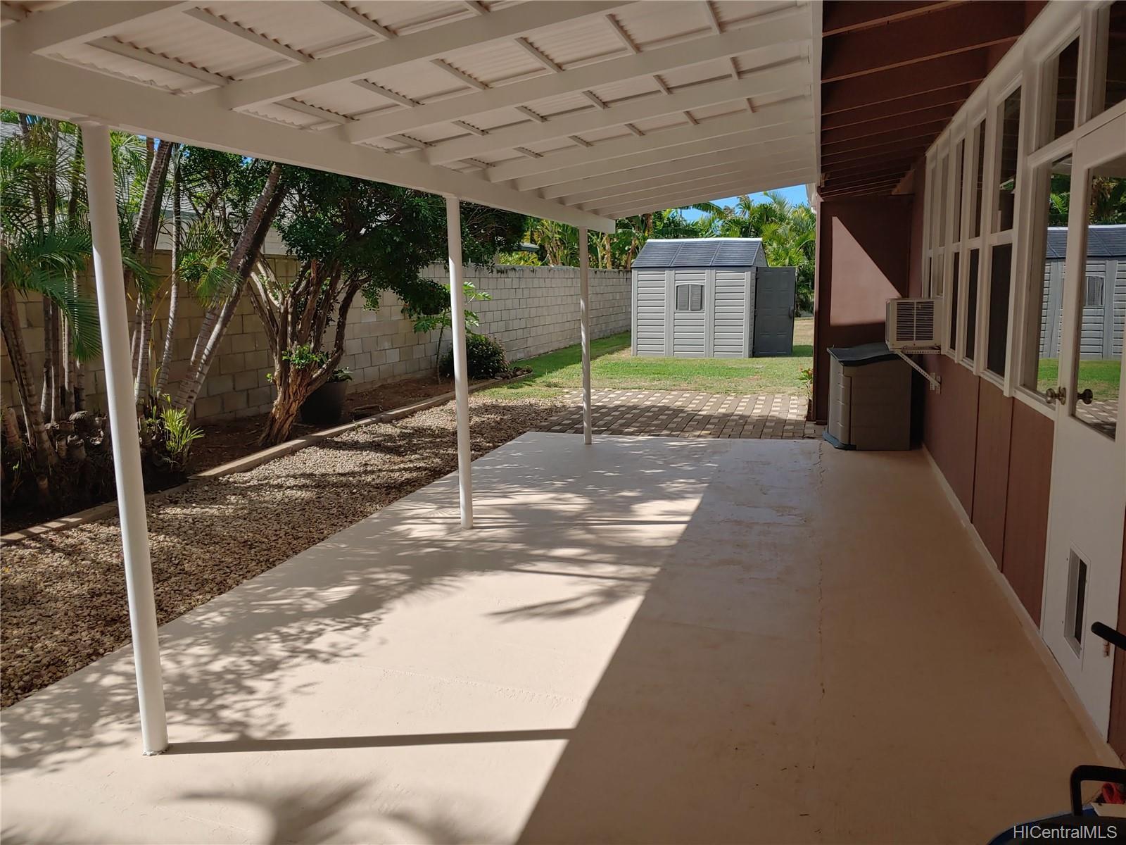 592  Poipu Drive Triangle, Hawaii Kai home - photo 11 of 23