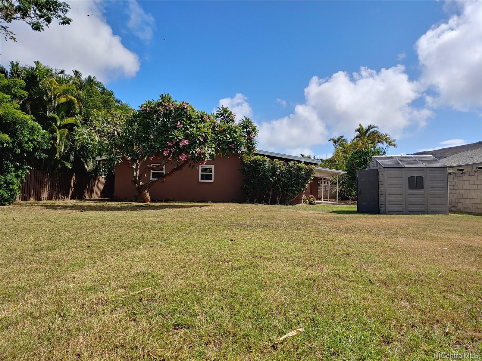 592  Poipu Drive Triangle, Hawaii Kai home - photo 12 of 23