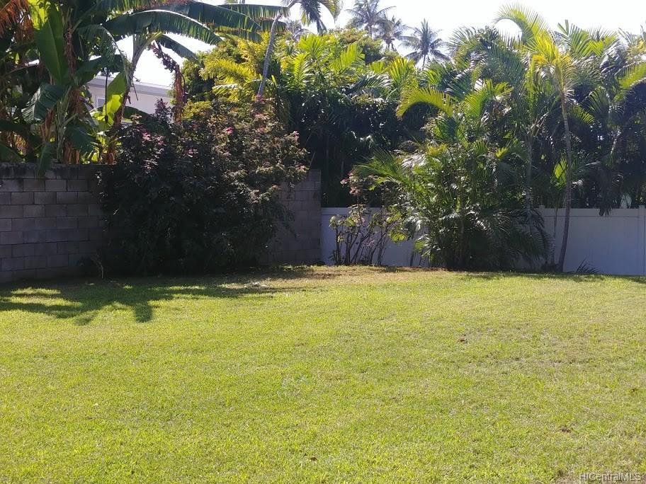 592  Poipu Drive Triangle, Hawaii Kai home - photo 14 of 23