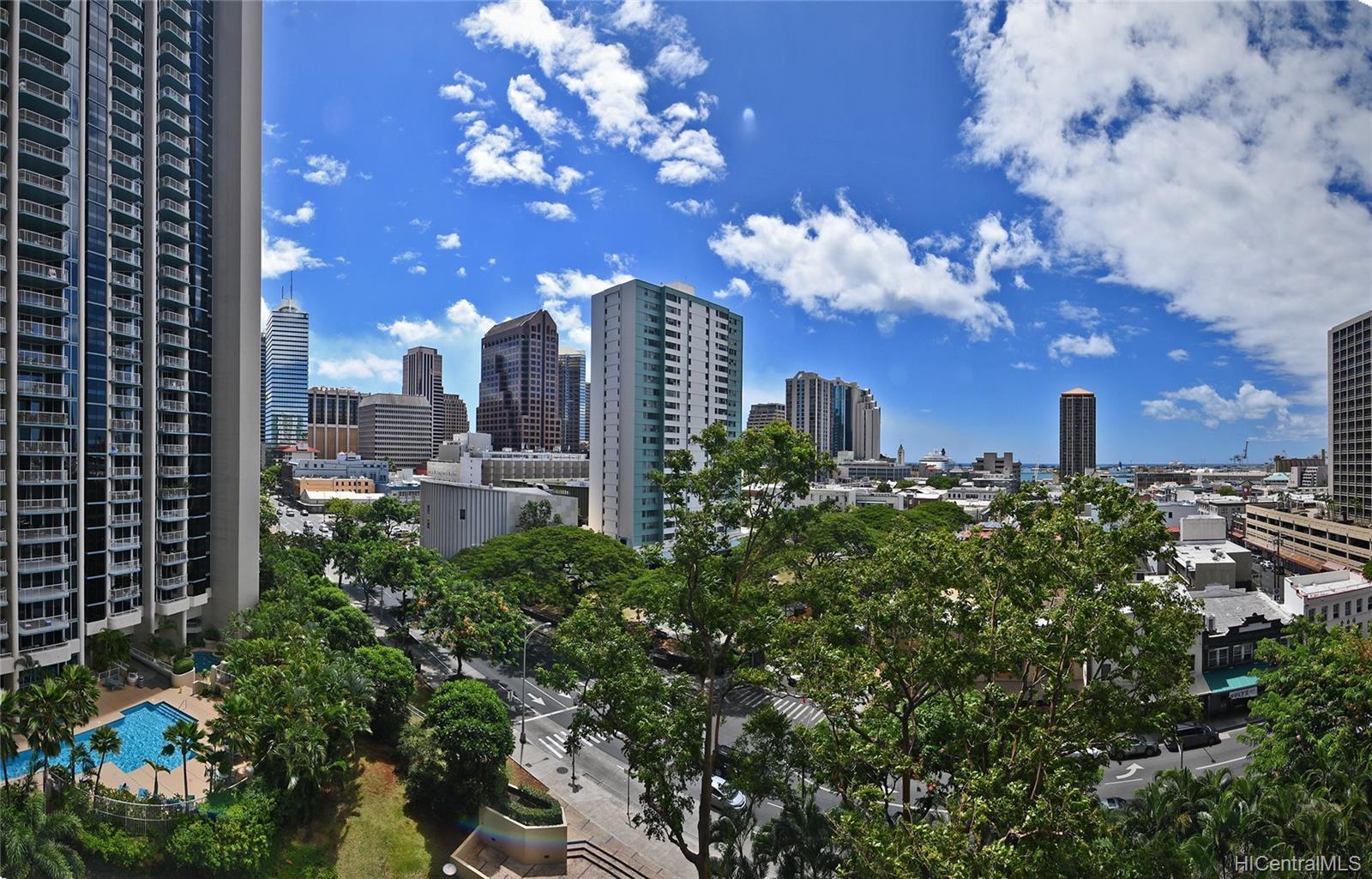 Honolulu Tower condo # 1010, Honolulu, Hawaii - photo 2 of 18