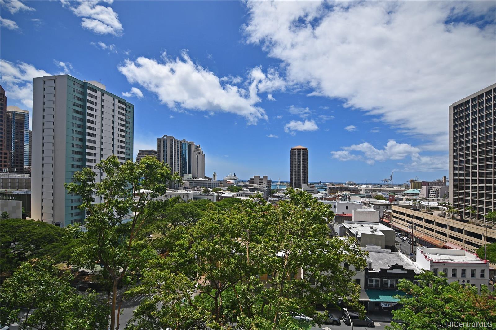 Honolulu Tower condo # 1010, Honolulu, Hawaii - photo 9 of 18