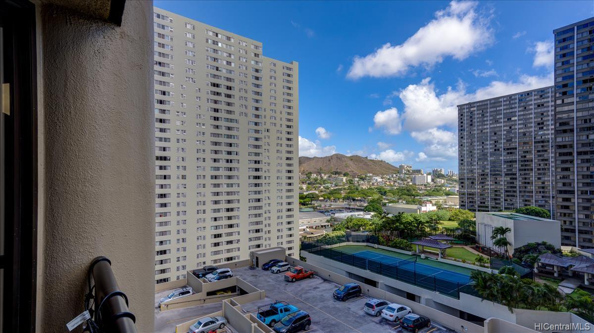 Honolulu Tower condo # 1407, Honolulu, Hawaii - photo 2 of 15