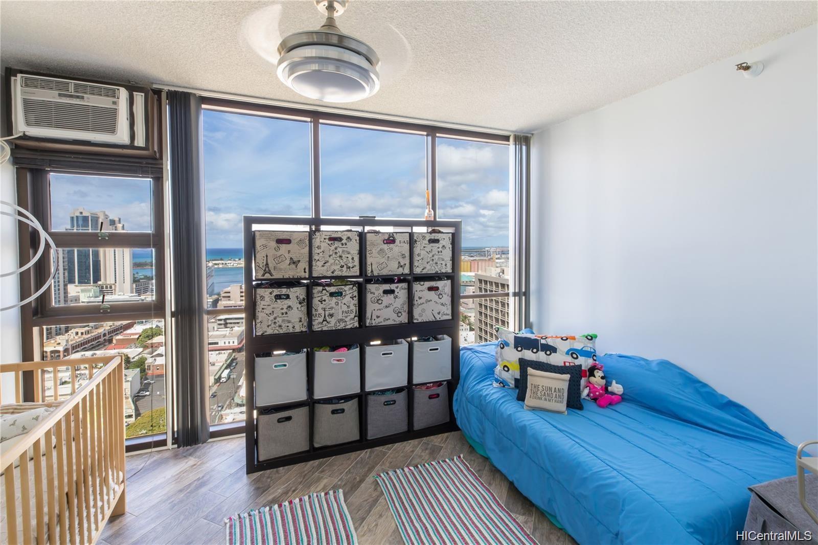 Honolulu Tower condo # 2701, Honolulu, Hawaii - photo 11 of 17