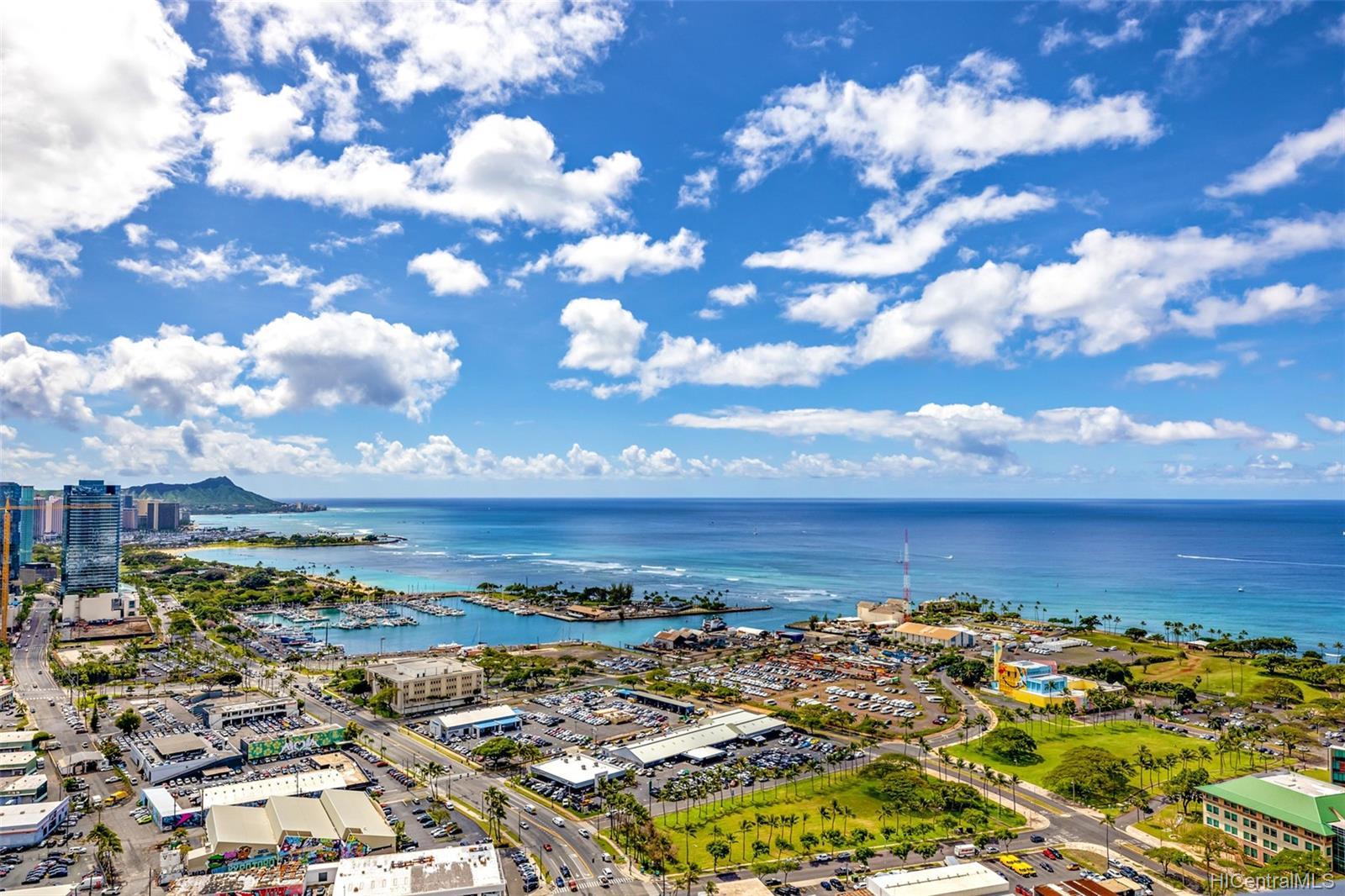 The Collection condo # 4203, Honolulu, Hawaii - photo 11 of 24
