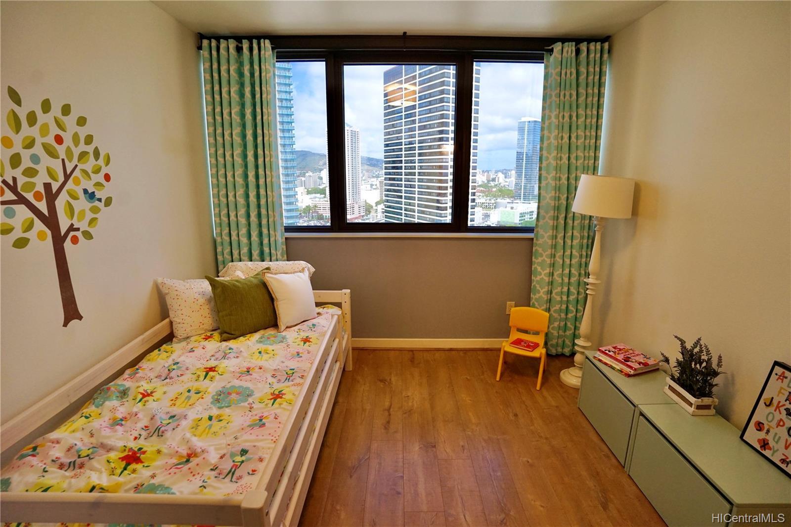 Keola Lai condo # 2303, Honolulu, Hawaii - photo 10 of 16